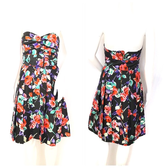 Express Dresses & Skirts - Express Strapless Floral Dress Fully Lined Sz 0